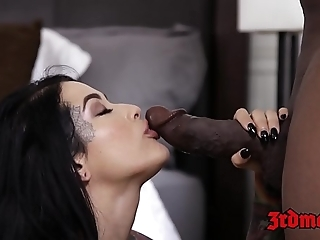 Interracial creampie involving bigass better half katrina prick and bbc