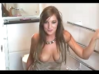 Beamy sister catches u wanking to her
