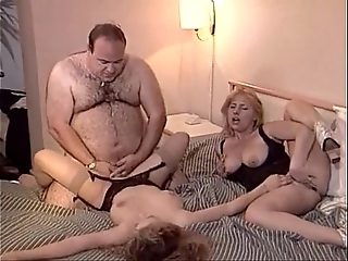 Lucky age-old beamy man fucks a handful of chicks