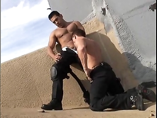 Sexy musclestud swat cops 10-4 for sexual connection