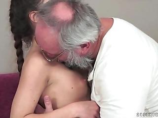 Teenie anita bellini acquires screwed wits a older man